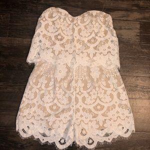 Charlotte rouse Cream lace romper L
